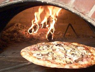 ss窯とピザ